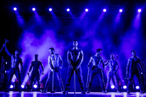 chi17a0638_The_Chippendales_in_Concert_(c)Guido_Karp-_DEAG